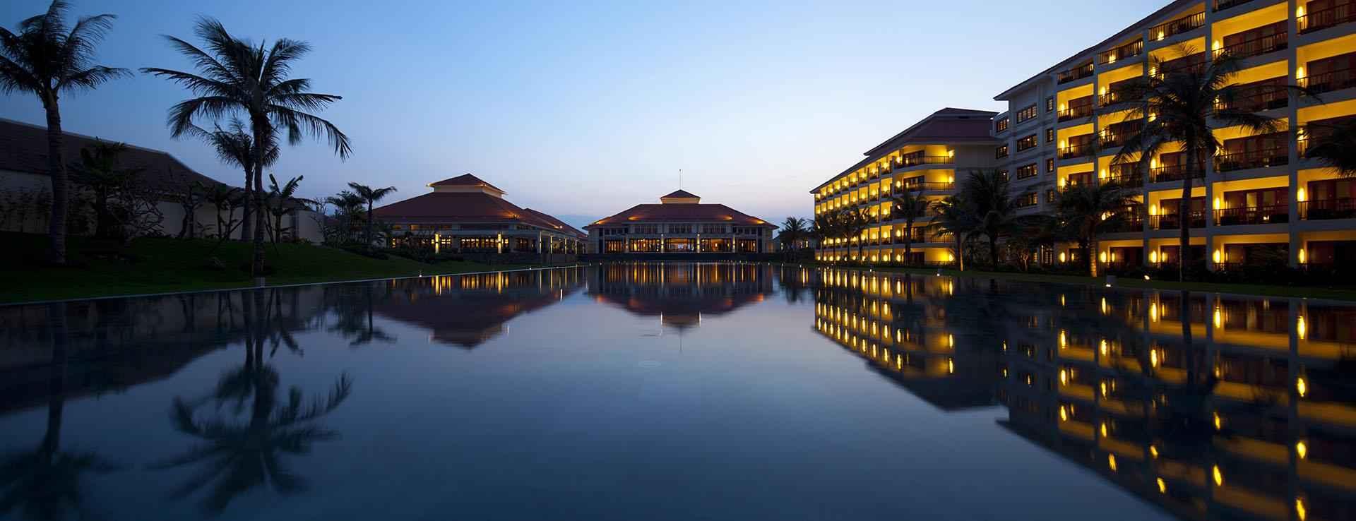 Holiday Beach Danang Hotel Resort