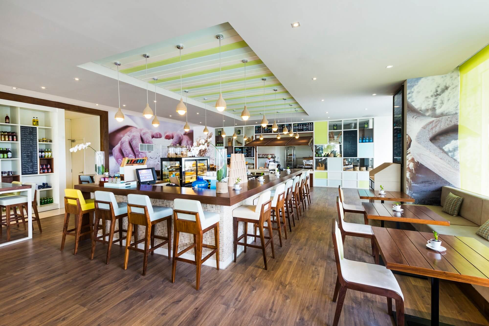 Delicious Cafe Bakery A La Carte Danang Beach Hotel 200 Vo Nguyen Giap Danang Fantasticity Com 01