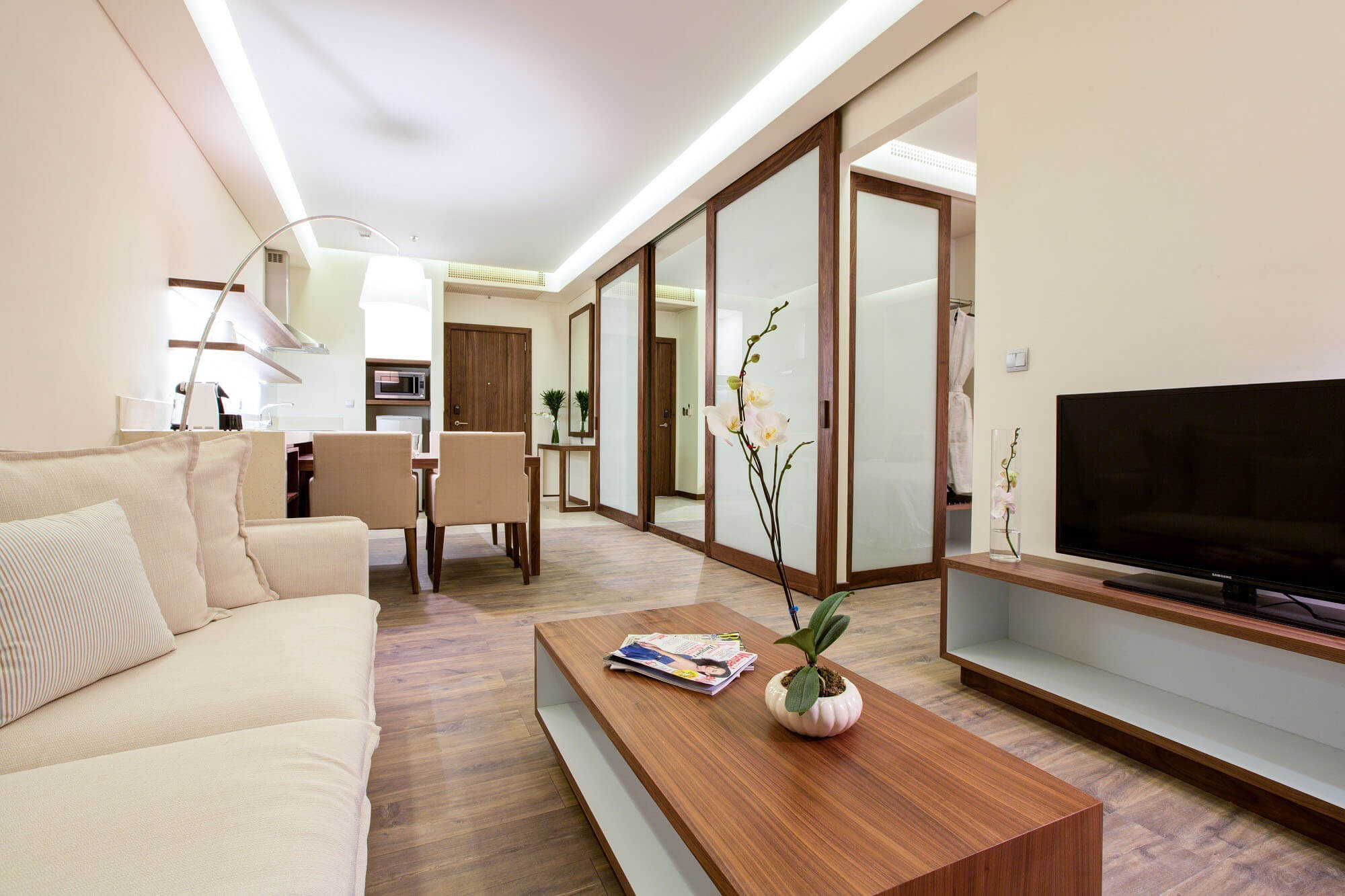 Delight Plus Apartment Apartment A La Carte Danang Beach Hotel 200 Vo Nguyen Giap Danang Fantasticity Com 02