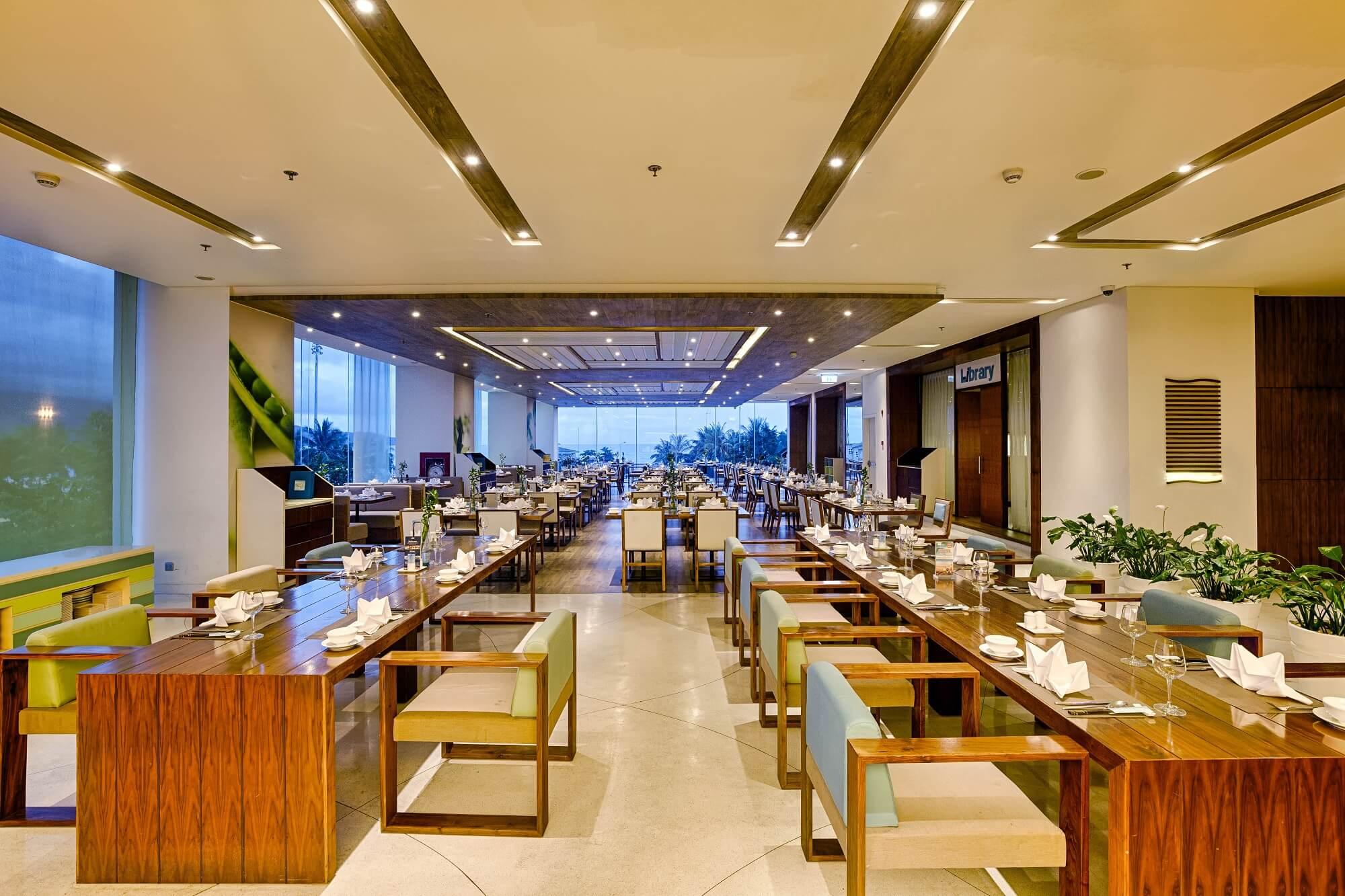 Fisca Restaurant A La Carte Danang Beach Hotel 200 Vo Nguyen Giap Danang Fantasticity Com 01