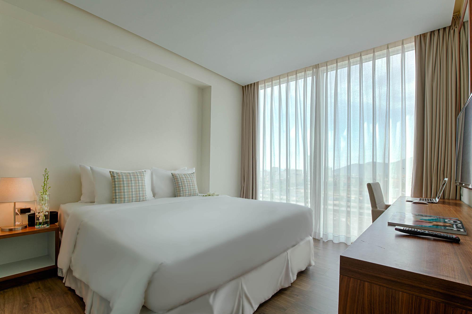 Highlight Plus Apartment A La Carte Danang Beach Hotel 200 Vo Nguyen Giap Danang Fantasticity Com03