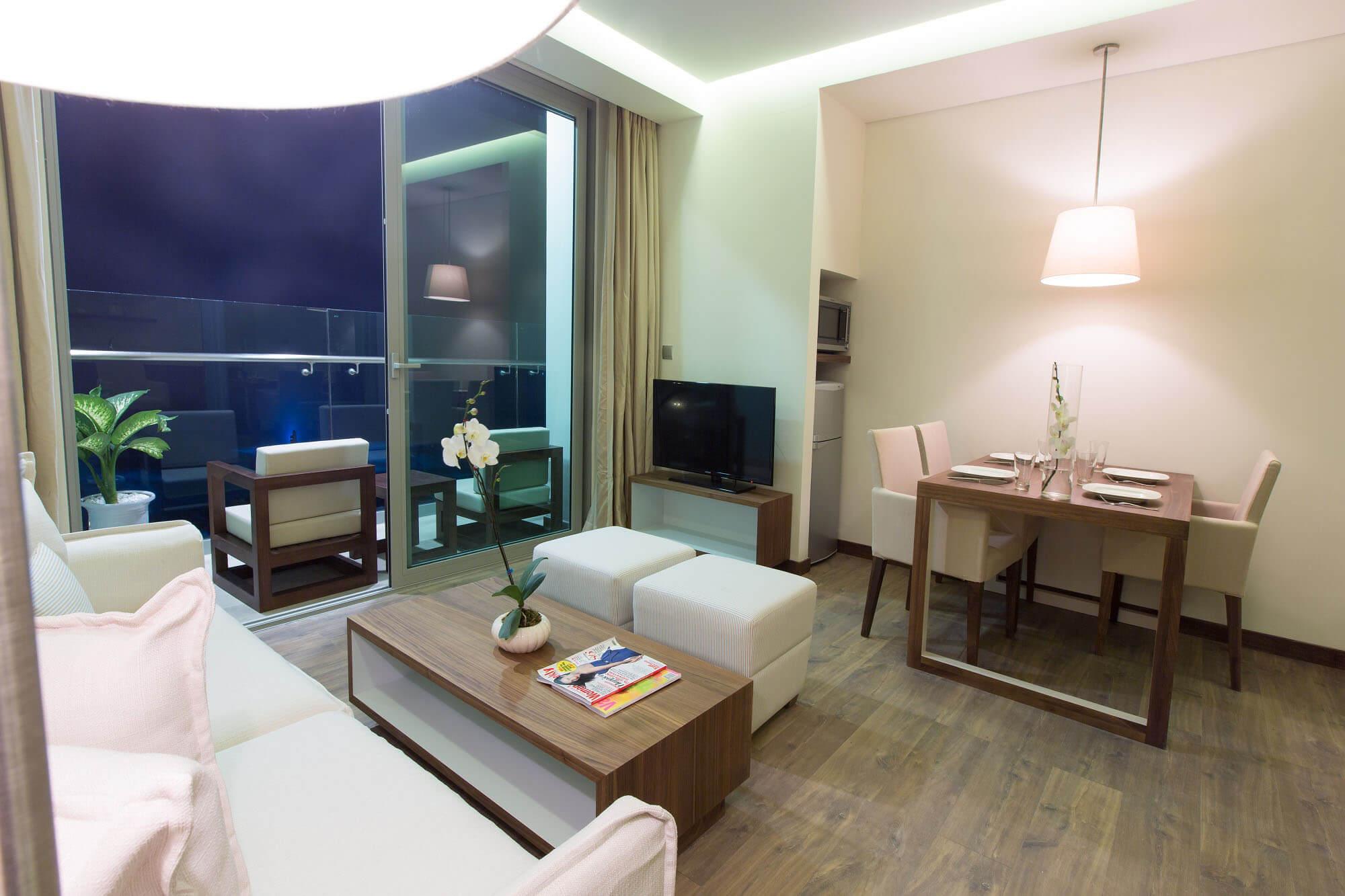 Highlight Plus Apartment Apartment A La Carte Danang Beach Hotel 200 Vo Nguyen Giap Danang Fantasticity Com 04