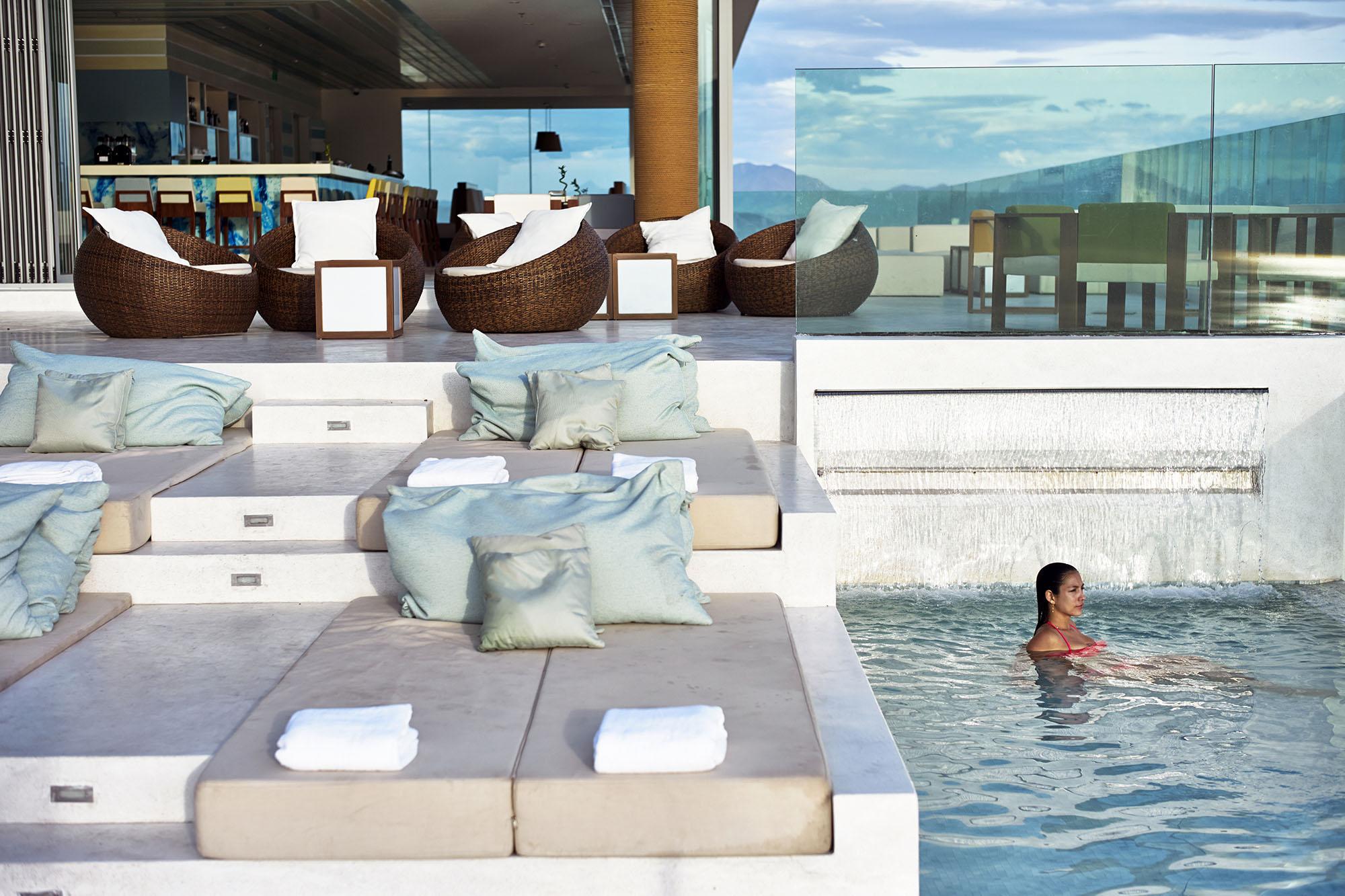 The Top Bar A La Carte Danang Beach Hotel 200 Vo Nguyen Giap Danang Fantasticity Com 04