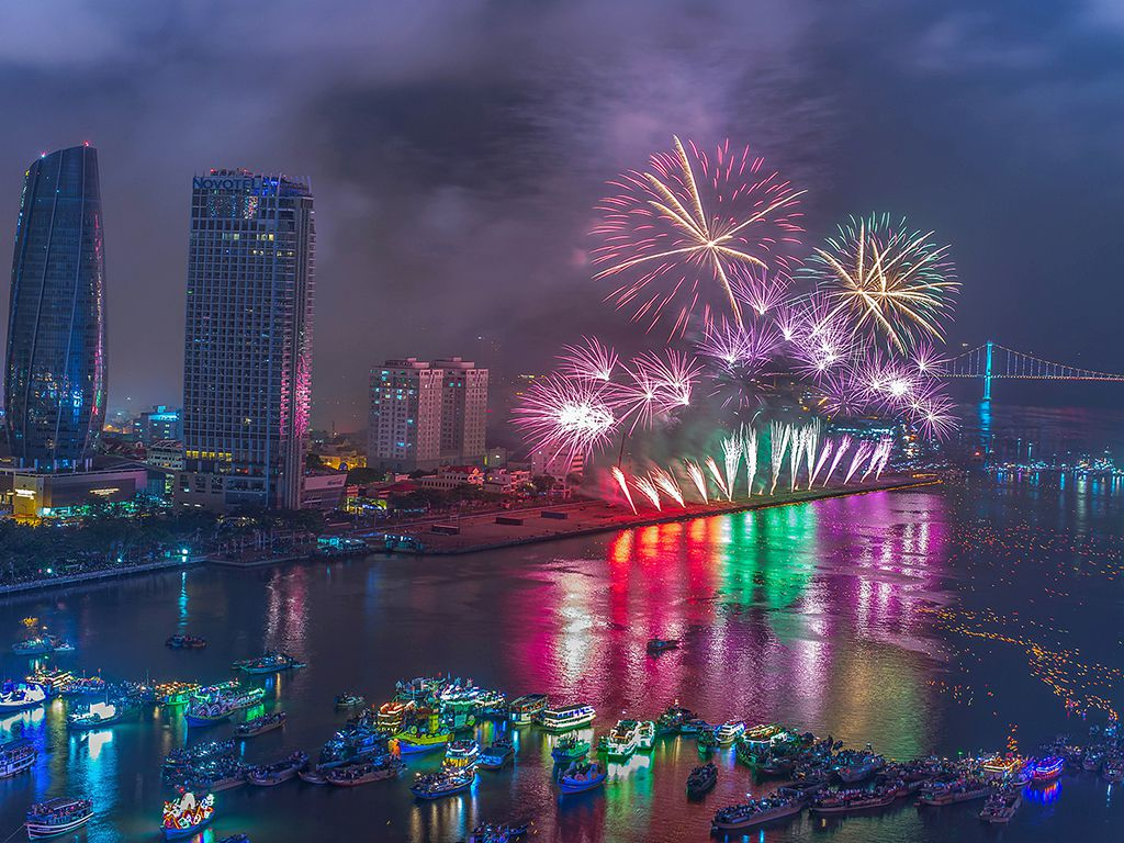 Da Nang International Fireworks Festival Diff Official