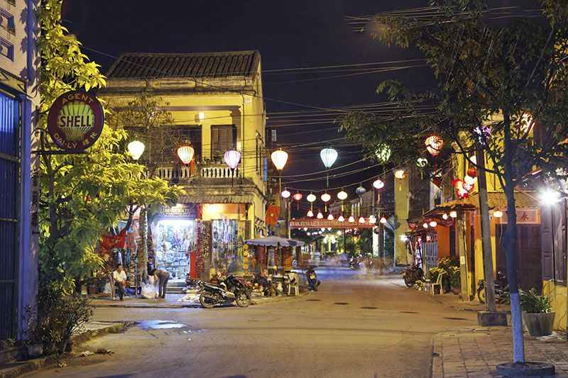 hoi-an-va-da-nang-lot-top-10-diem-den-du-lich-dep-nhat-viet-nam-tap-chi-rough-guides