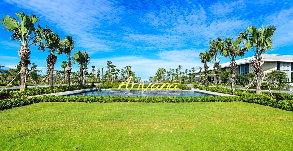 Furama Resort Đà Nẵng lần thứ 8 nhận giải thưởng Rồng Vàng 1