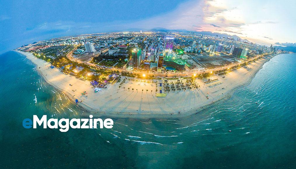 Toàn cảnh biển Đà Nẵng nhìn từ trên cao. Ảnh: Linh Quang Trương