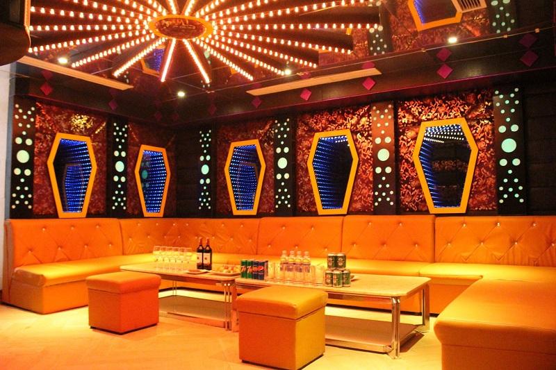 Eden Plaza Karaoke - GIẢM NGAY 50% GIỜ HÁT 3