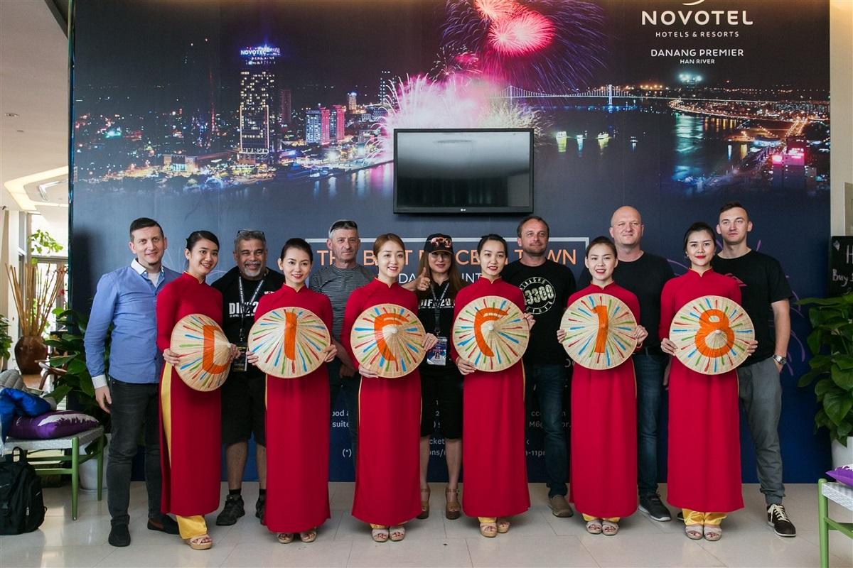 Ba Lan - Đội pháo hoa Quốc tế đầu tiên tới Đà Nẵng 2