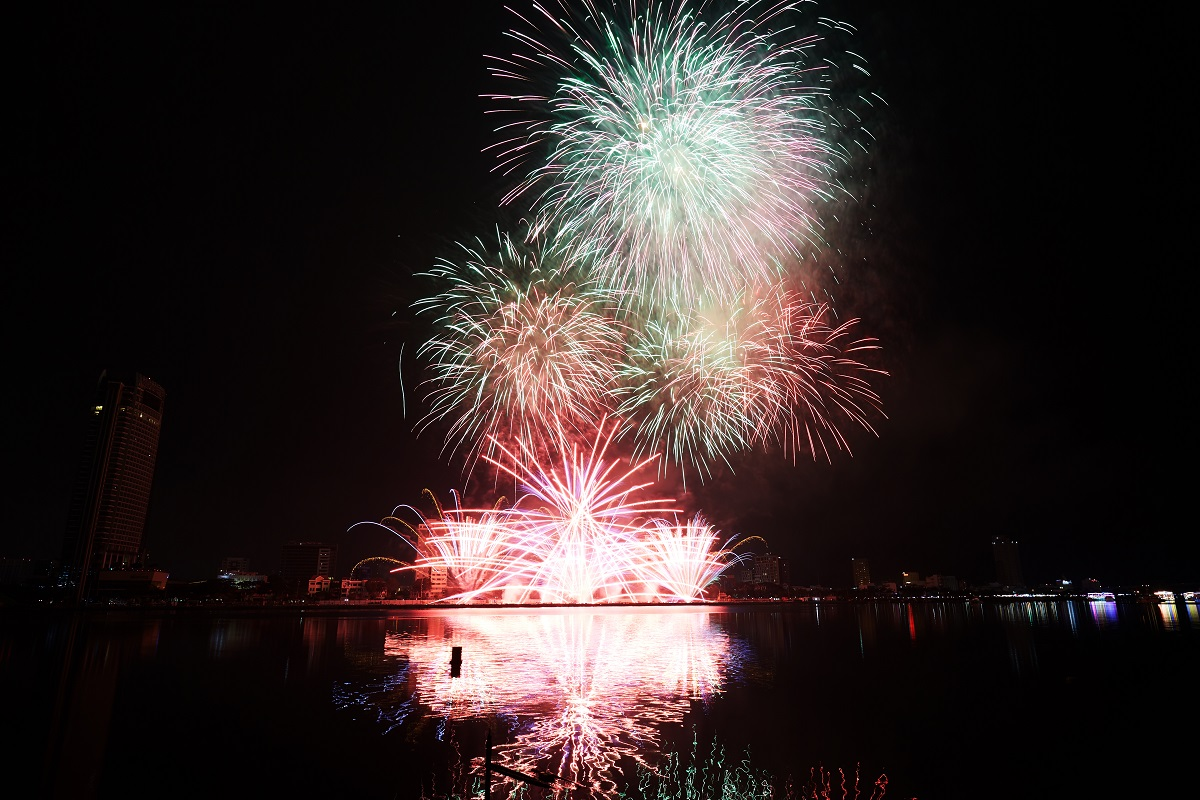 Danang International Fireworks Festival 2018 - The official opening Ceremony 4