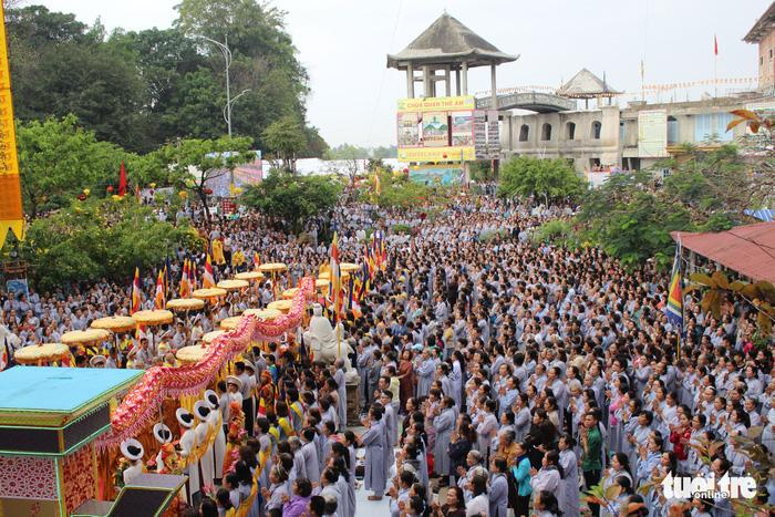 Lễ vía Đức Bồ Tát ở lễ hội Quán Thế Âm Đà Nẵng