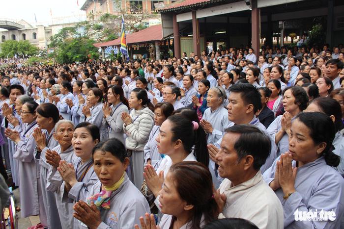 Lễ vía Đức Bồ Tát ở lễ hội Quán Thế Âm Đà Nẵng 4