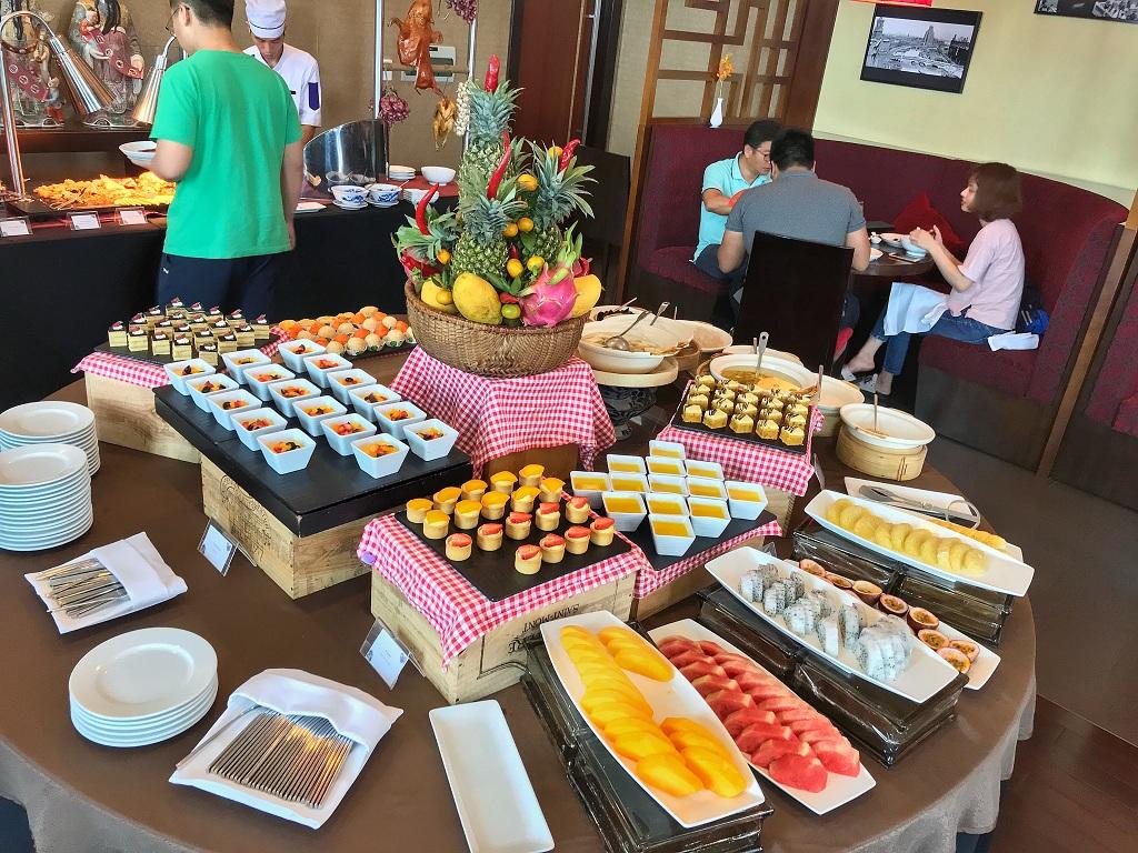"""Đắm chìm """"Tiệc buffet ẩm thực Trung Hoa"""" tại nhà hàng Golden Dragon 12"""