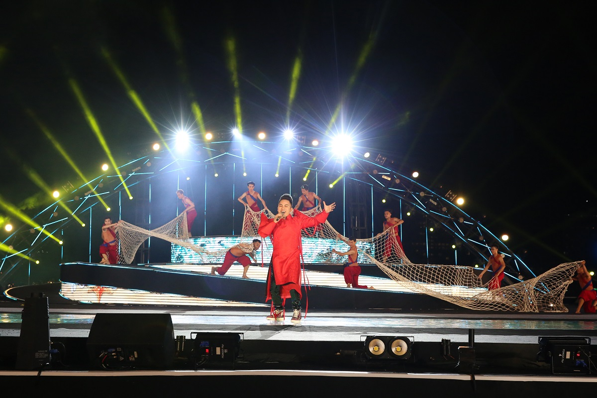 Danang International Fireworks Festival 2018 - The official opening Ceremony 7