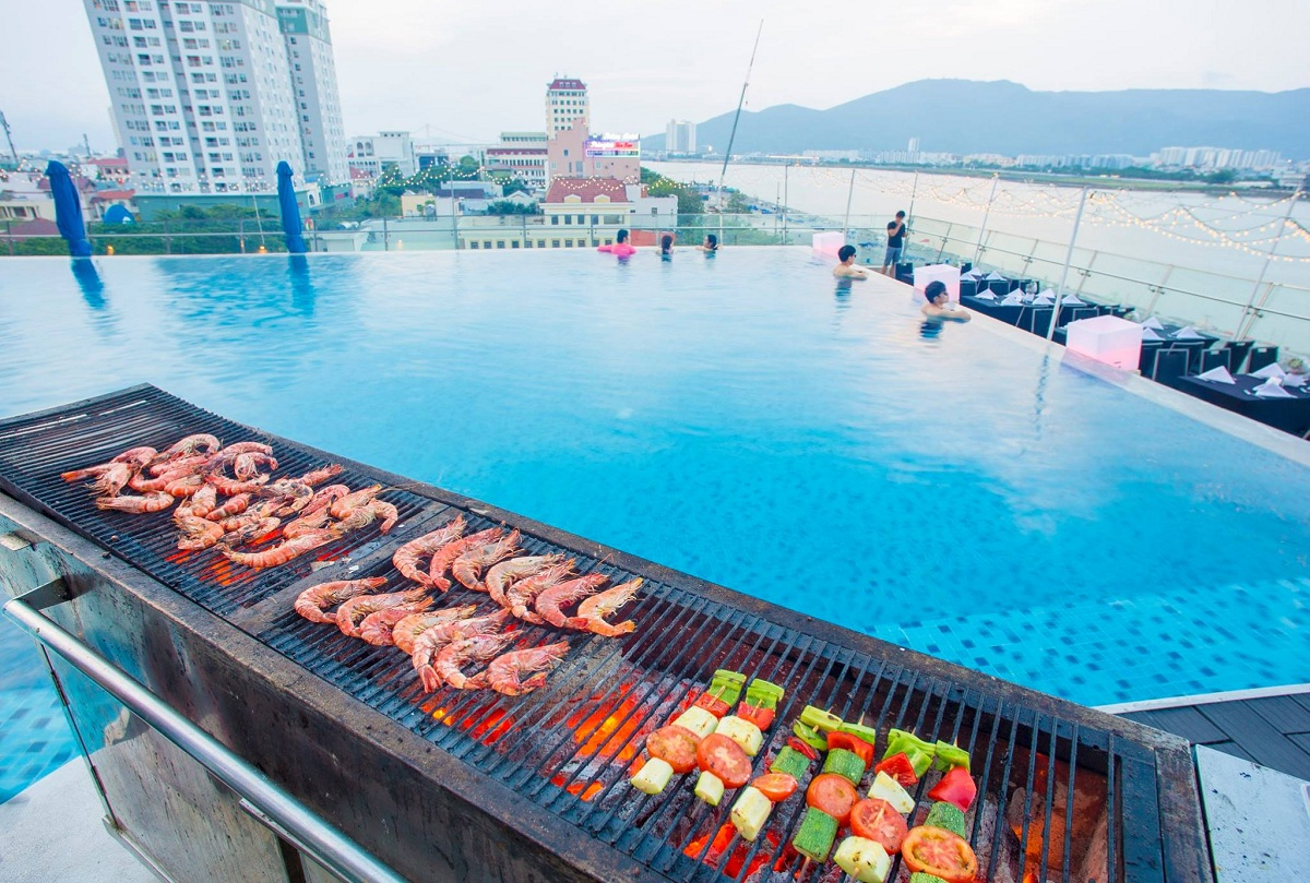 Novotel Danang Premier Han River – Wet & Wild POOL PARTY 05.05.2018 4