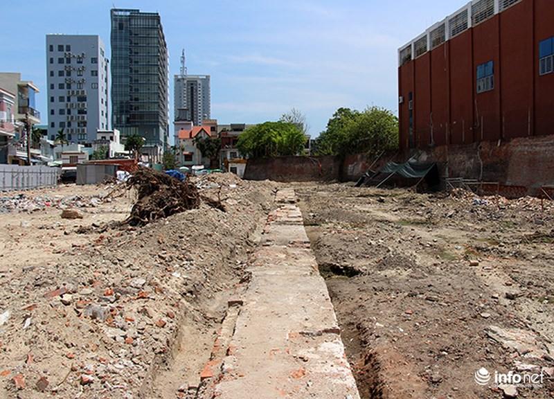 Phát lộ nhiều tường hào, móng gạch gốc của Thành Điện Hải 2