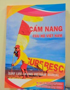 Ra mắt cẩm nang cứu hộ Việt Nam 4
