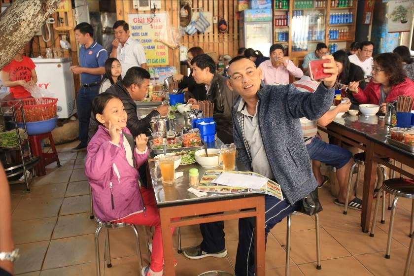 """Trải nghiệm ẩm thực Đà Nẵng cùng """"Bố ơi! mình đi đâu thế?"""" 2"""