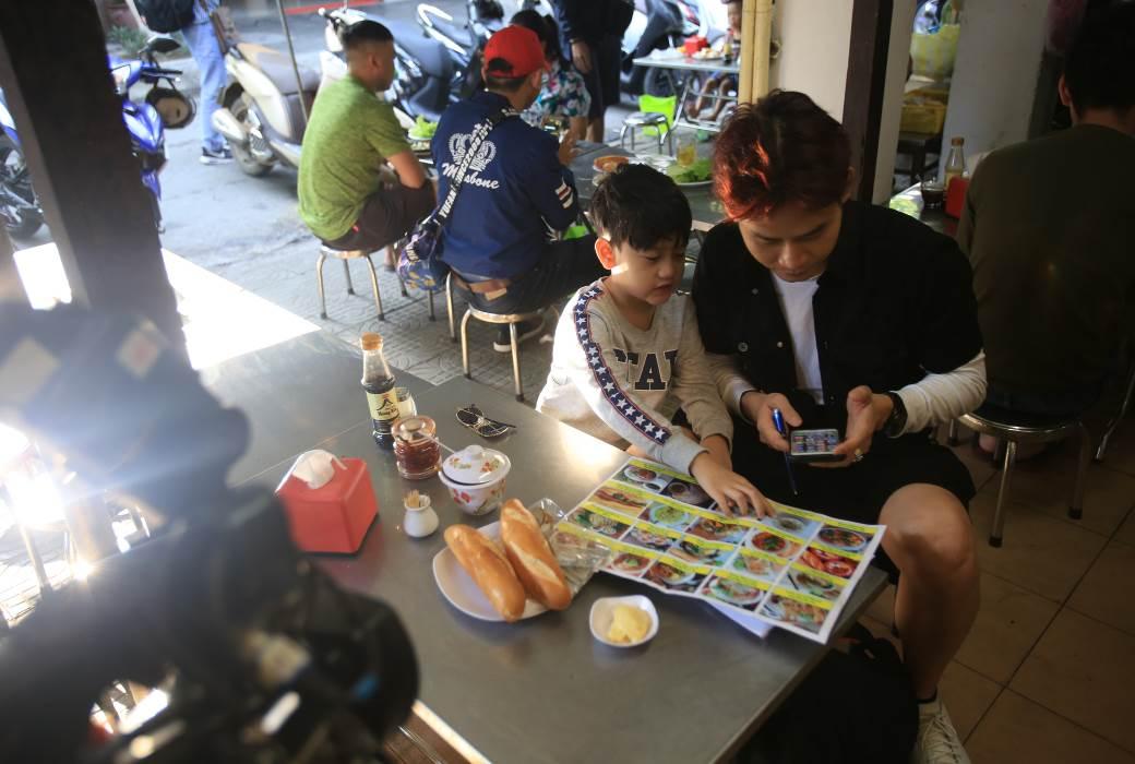 """Trải nghiệm ẩm thực Đà Nẵng cùng """"Bố ơi! mình đi đâu thế?"""" 7"""