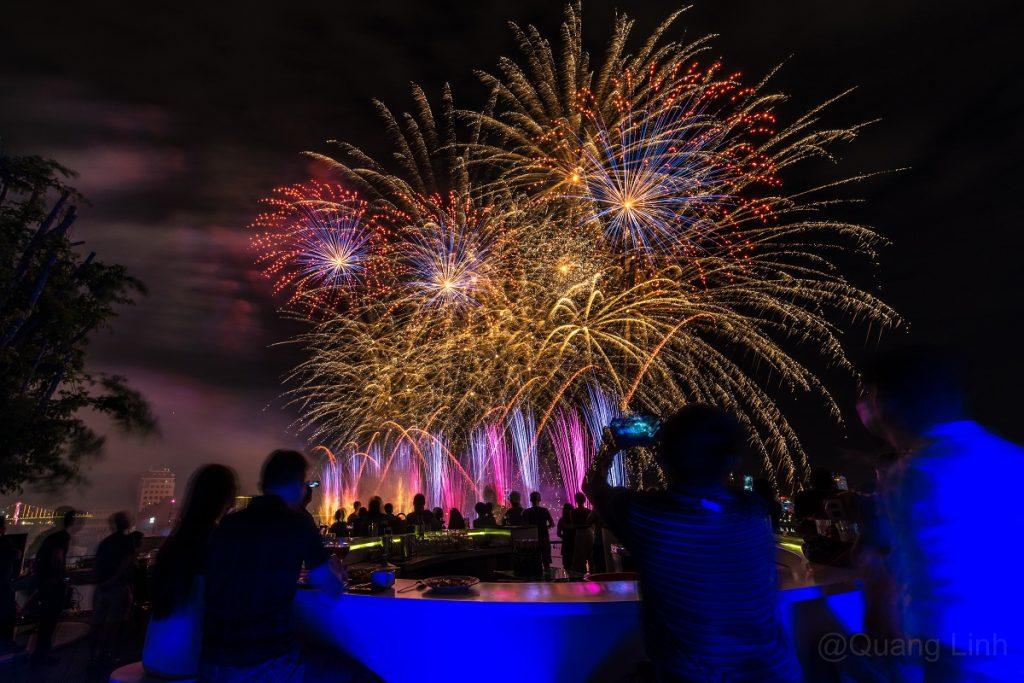 Bầu trời khát vọng thắp sáng sông Hàn trong đêm pháo hoa thứ tư DIFF 2018