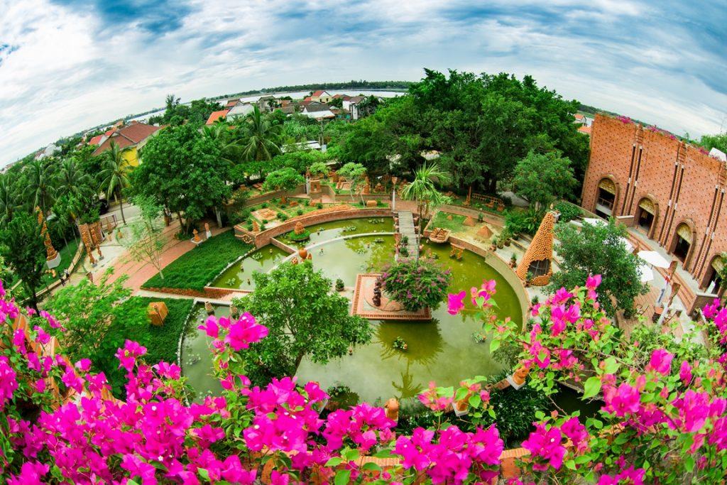 Miễn vé tham quan phố cổ Hội An và làng gốm Thanh Hà ngày 4-12 1