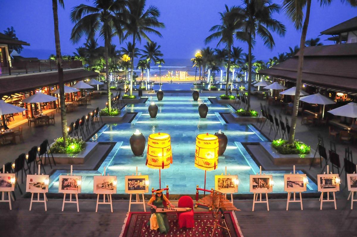 """Triển lãm ảnh nghệ thuật """"Tung cánh"""" mừng lễ 2/9 tại Furama Resort Đà Nẵng của tác giả Ngô Minh Đức"""