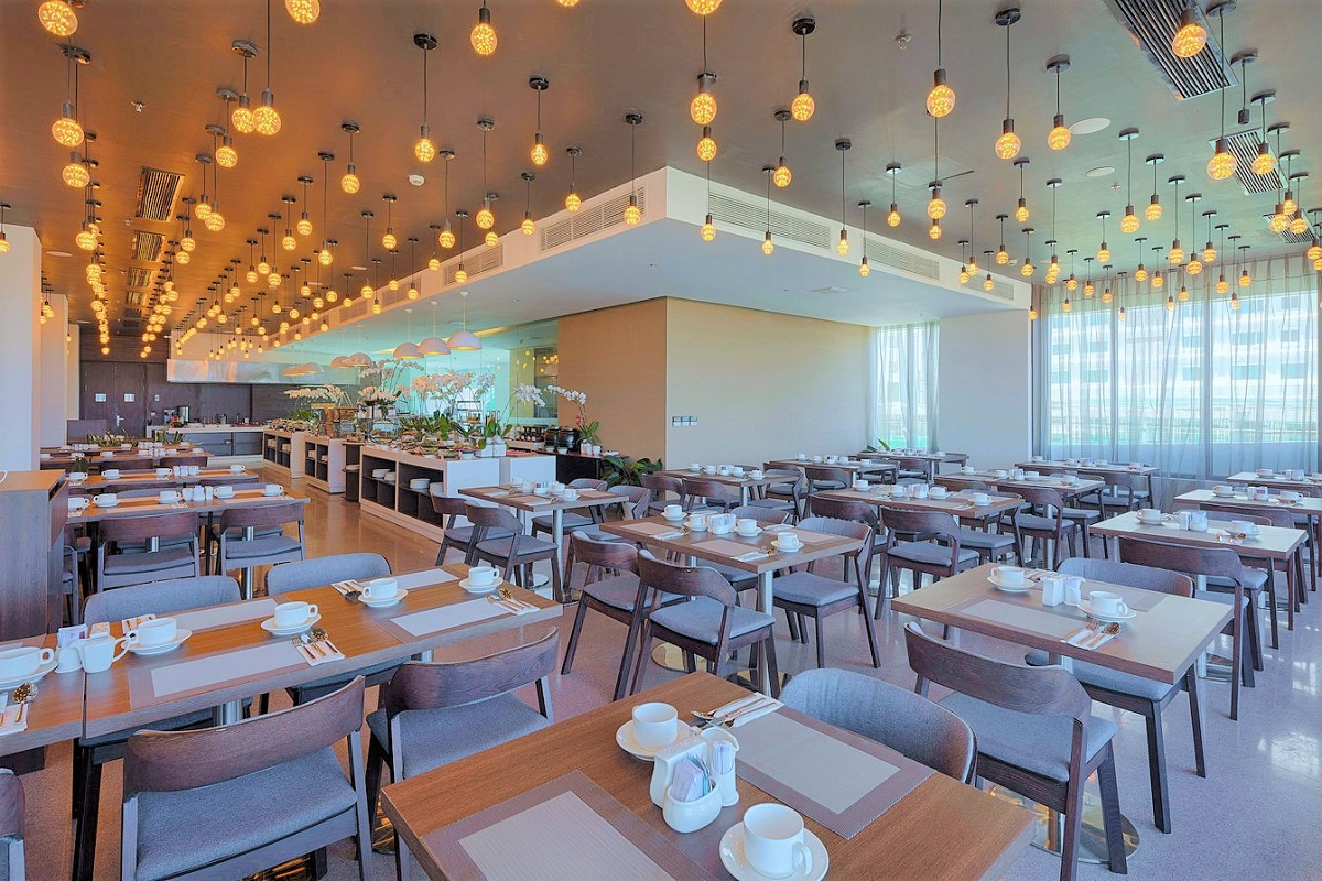 Nhà hàng Nem tại khách sạn Belle Maison Parosand Đà Nẵng 7