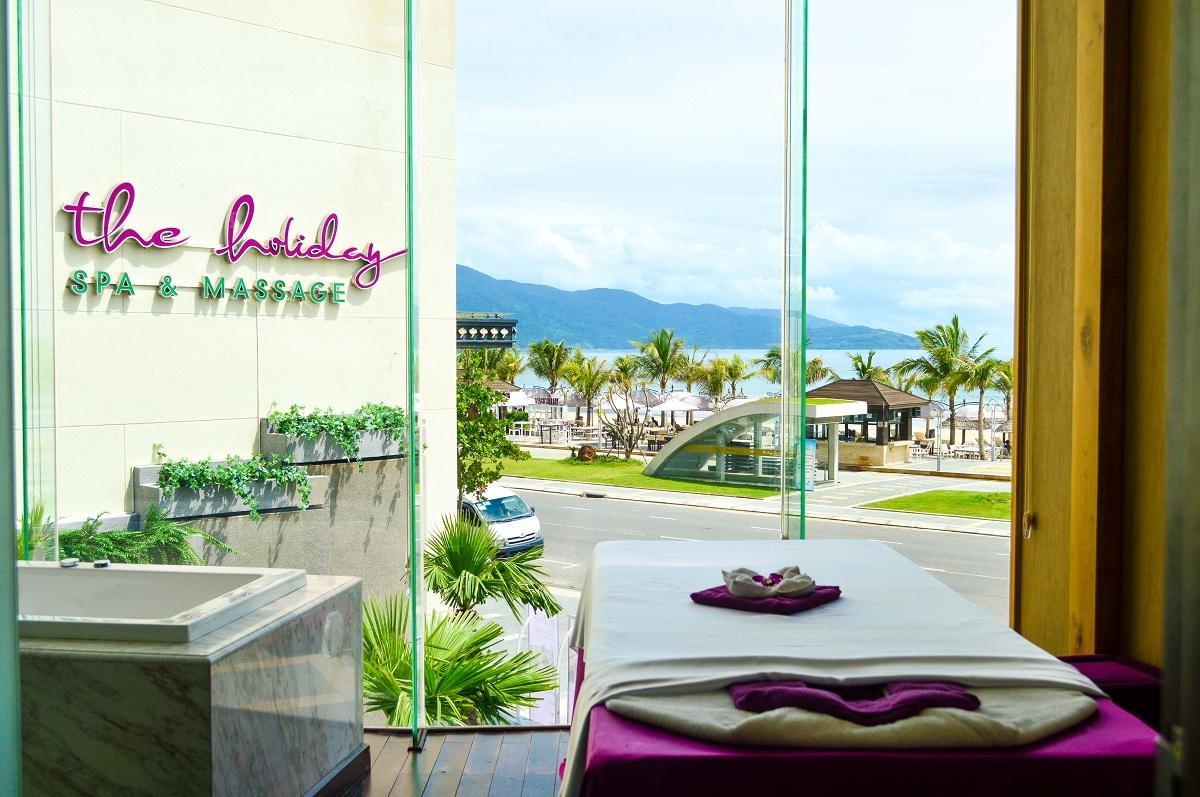 Khuyến mãi hấp dẫn mừng ngày Phụ Nữ Việt Nam 20/10 tại The Holiday Spa & Massage 1