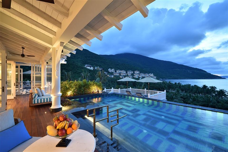 """InterContinental Danang Sun Peninsula Resort được vinh danh trong hạng mục""""Khu nghỉ dưỡng biển hàng đầu thế giới"""" tại Haute Grandeur Excellence Awards 2018 3"""