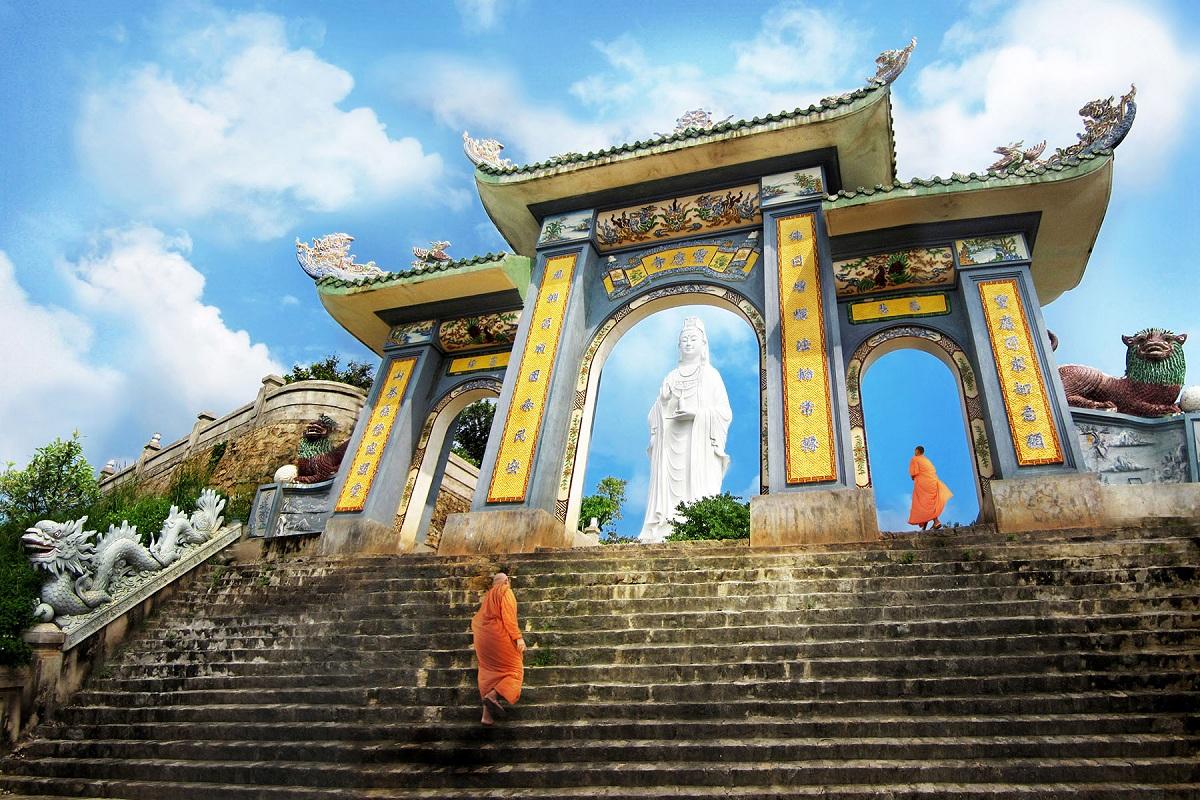 Chùa Linh Ứng - Bãi Bụt - Đà Nẵng 9