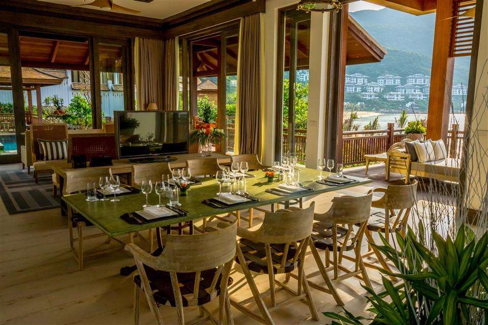 """InterContinental Danang Sun Peninsula Resort được vinh danh trong hạng mục""""Khu nghỉ dưỡng biển hàng đầu thế giới"""" tại Haute Grandeur Excellence Awards 2018 2"""