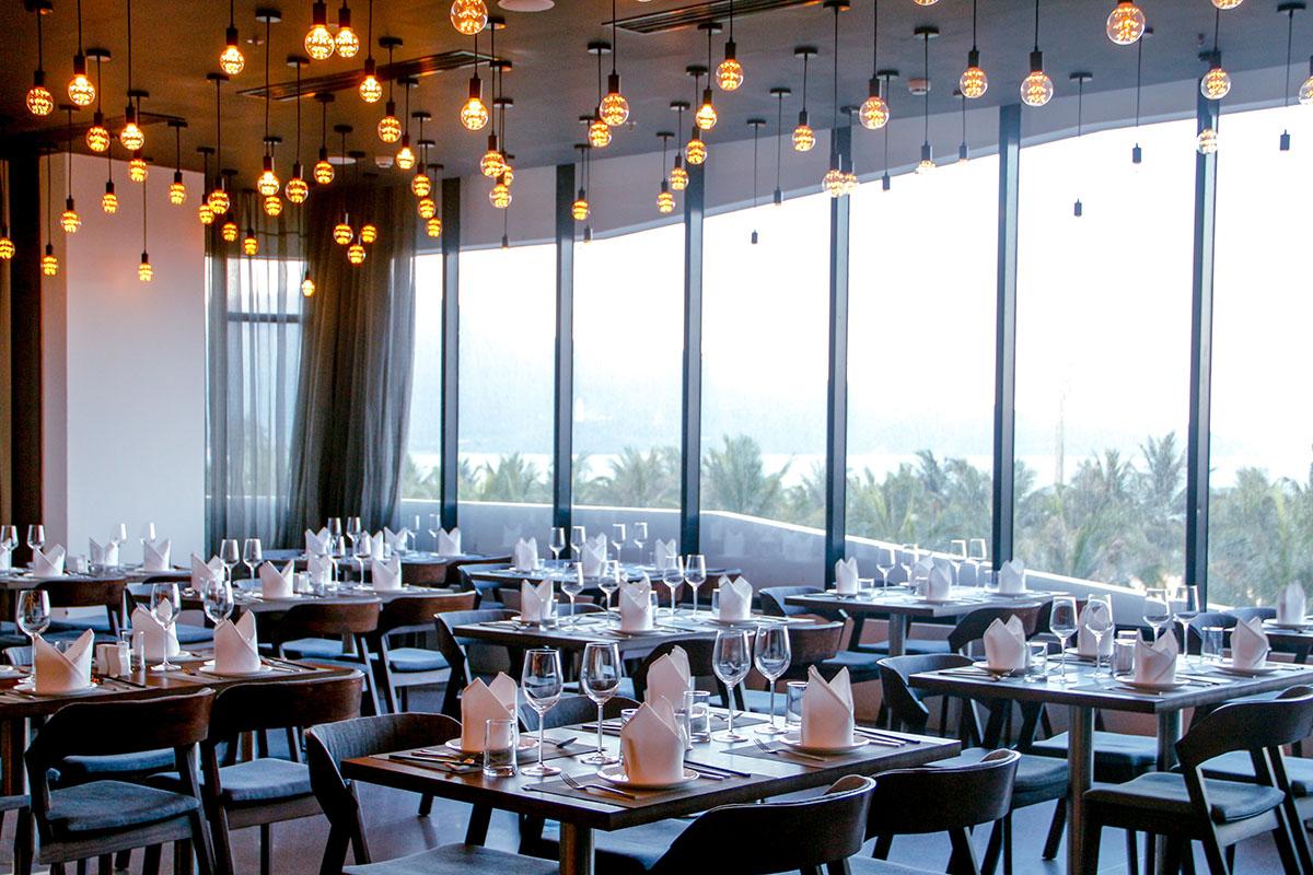 Nhà hàng Nem tại khách sạn Belle Maison Parosand Đà Nẵng 1