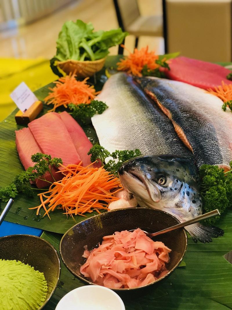 Dai Tiec Buffet Hai San Mung Ngay Quoc Te Thieu Nhi Tai Grand Mercure Danang 04