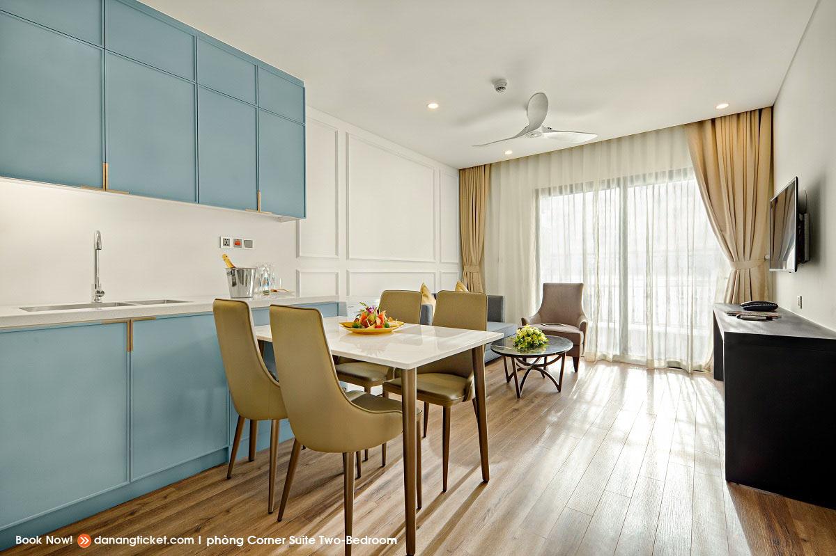 Phong Corner Suite Two Bed Rooms Mot Ngay De Yeu Va Tan Huong Nhung Man Phao Hoa An Tuong Cung Danang Golden Bay 35