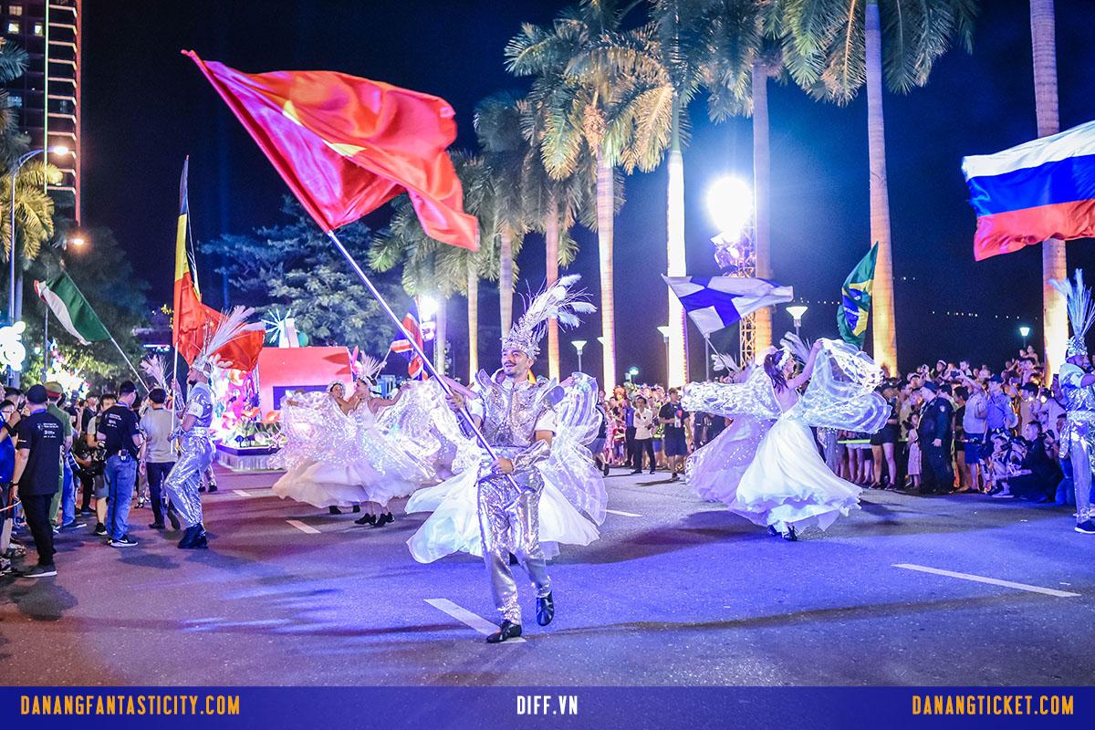 Dam Chim Trong Le Hoi Carnival Duong Pho Diff 2019 Tai Da Nang 09