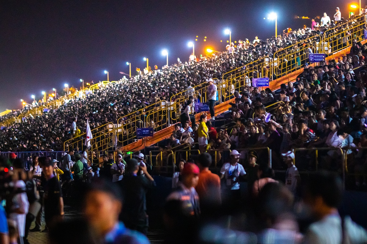 Khai Mac Le Hoi Phao Hoa Quoc Te Da Nang Diff 2019 Ngoan Muc An Tuong Va Day Cam Xuc 025