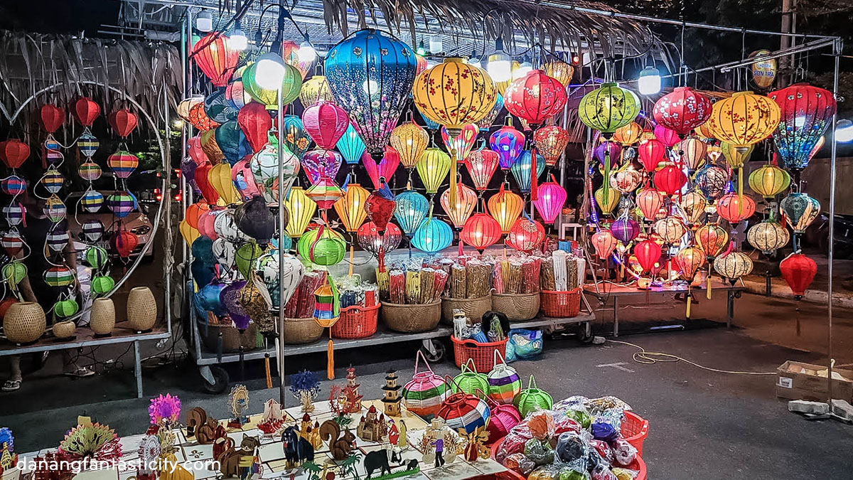 Cac Khu Cho Du Lich Noi Tieng Nhat Da Nang Cho Dem Son Tra Danang Fantasticity Com 02