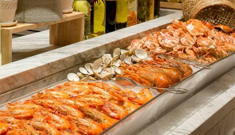 Friday Seafood Buffet Tai Hilton Da Nang 06