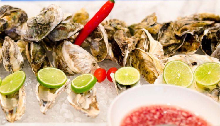Friday Seafood Buffet Tai Hilton Da Nang 07