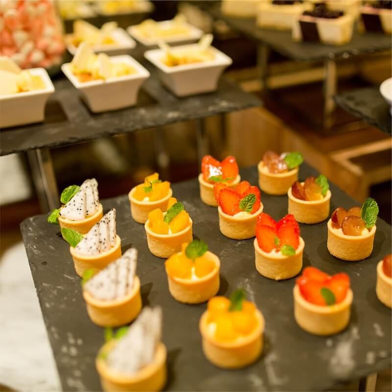 Friday Seafood Buffet Tai Hilton Da Nang 09