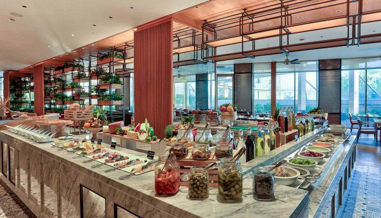 Nha Hang Brasserie Nam Khach San Hilton Danang Fantasticity 3
