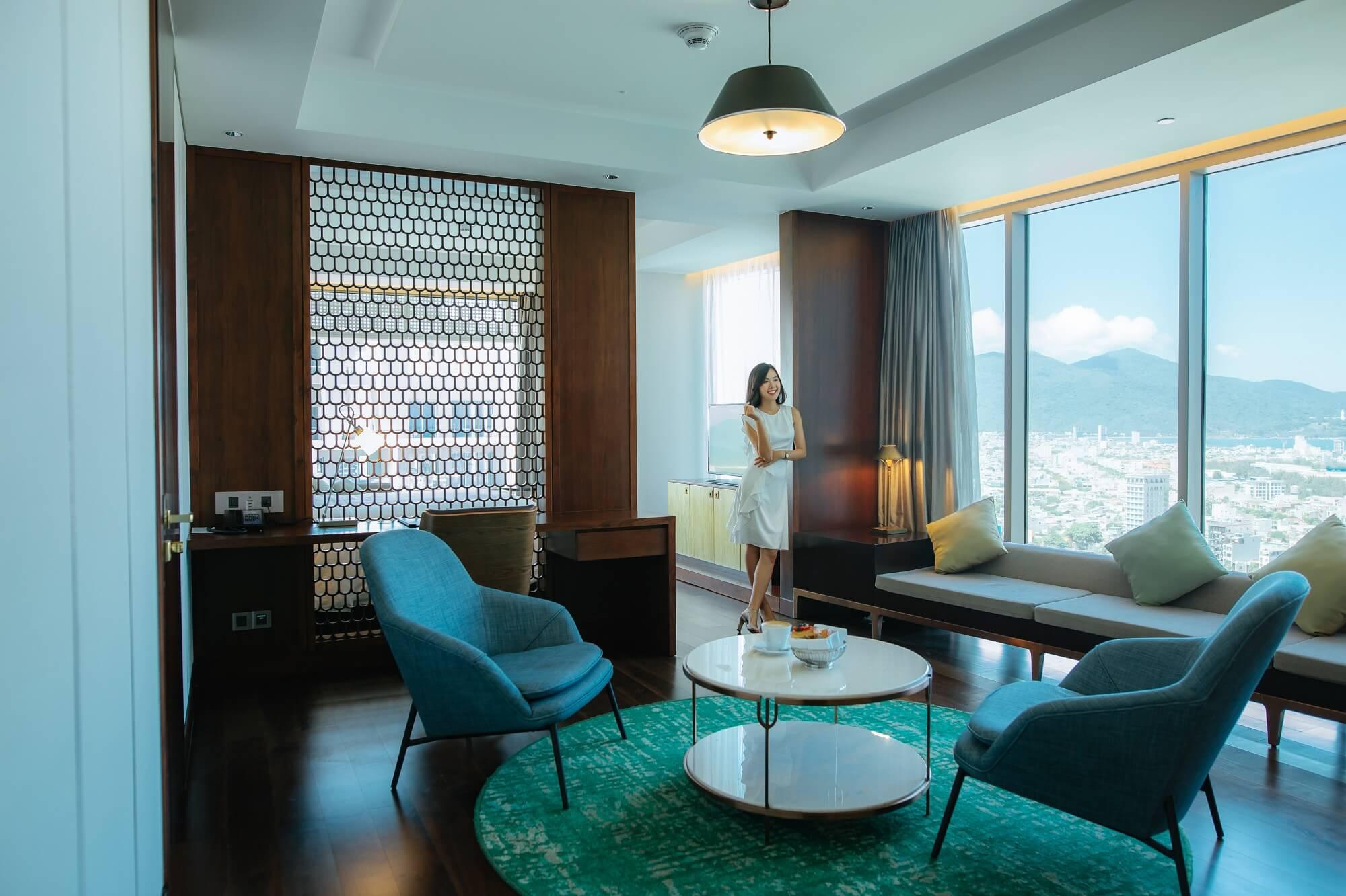 Suite Room Hilton Da Nang Trai Nghiem Khach San Day Phong Cach Giua Long Thanh Pho Danang Fantasticity07