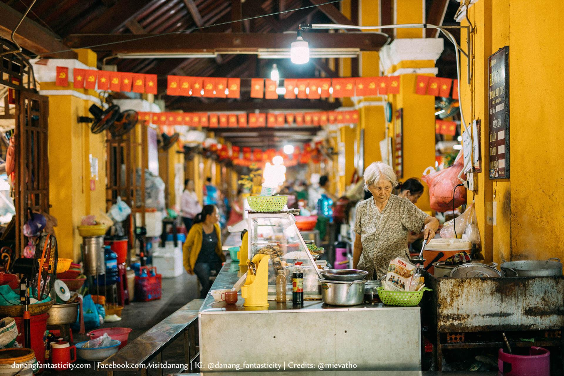 Da Nang Hoi An Anh Cho Minh Tren Chiec Xe Giac Mo Mievatho Danang Fantasticity Com An Gi 02