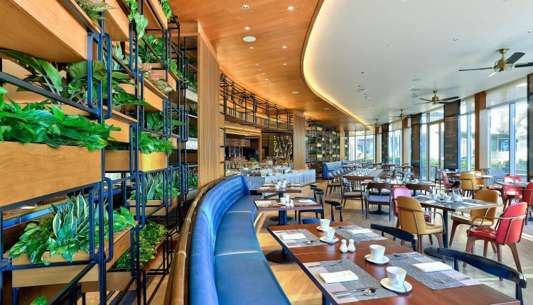 The Most Delicious Seafood Buffet In Danang Brasserie Nam At Hilton Da Nang 03