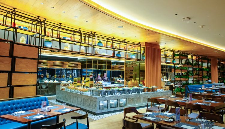 The Most Delicious Seafood Buffet In Danang Brasserie Nam At Hilton Da Nang 06
