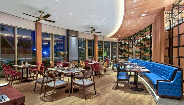 Tiec Hai San Tu Chon Hap Dan Nhat Da Nang Tai Nha Hang Brasserie Nam Hilton Danang Fantasticity Com 03