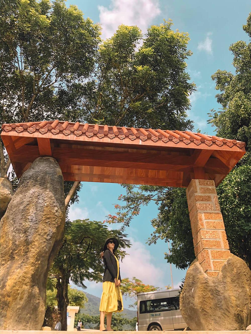 Chua Linh Ung Son Tra Danang Review Hue Da Nang Hoi An Ninh Binh 7n7d Chi Voi 8 Trieu Tin Duoc Khong 01