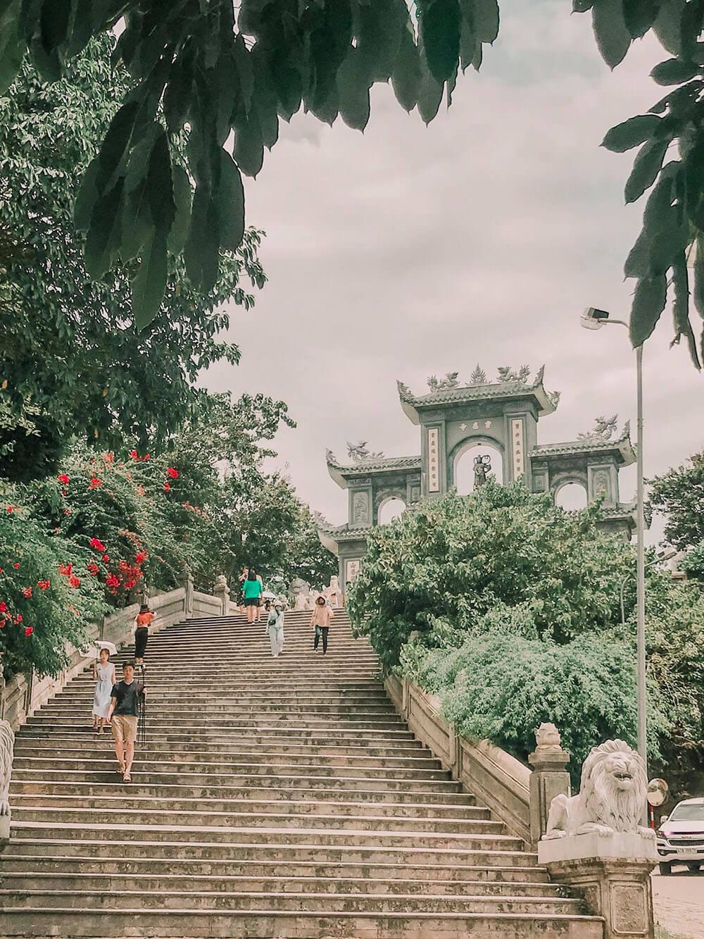 Chua Linh Ung Son Tra Review Chuyen Du Lich Hoi An Da Nang Cua 02 Co Ban Than 01