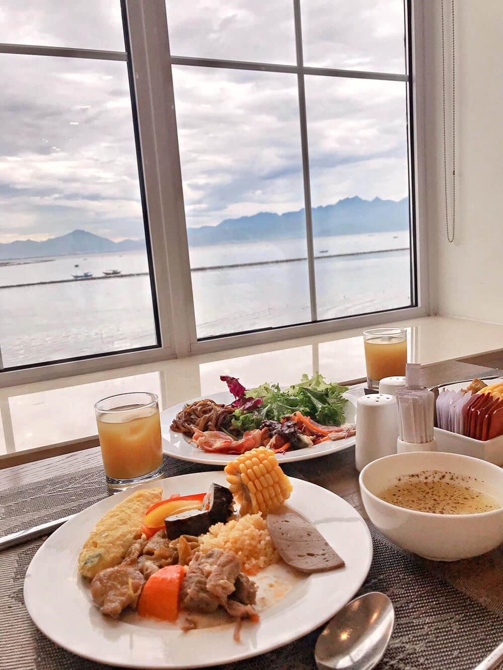 Danang Golden Bay Review Chuyen Du Lich Hoi An Da Nang Chanh Sa 3n2d 07