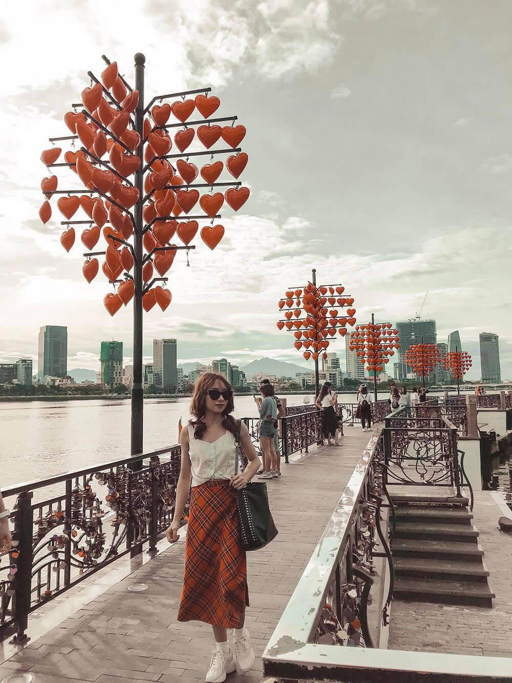 Review Chuyen Du Lich Hoi An Da Nang Cua 02 Co Ban Than Cau Tinh Yeu Danang Fantasticity 03
